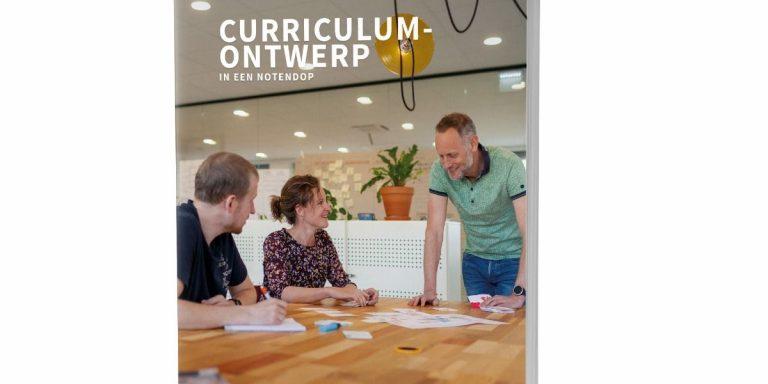 Lees meer over het artikel Winactie juli 2021: win het boek 'Curriculumontwerp in een notendop'